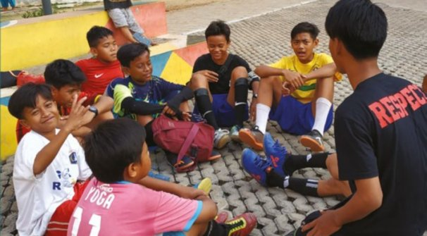 how football is changing attitudes in Indonesia Pledge united
